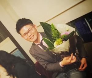 70回記念をアピールしておいたら、優しいAさん(既婚男性)が素敵な花束をくれました。ありがとう!