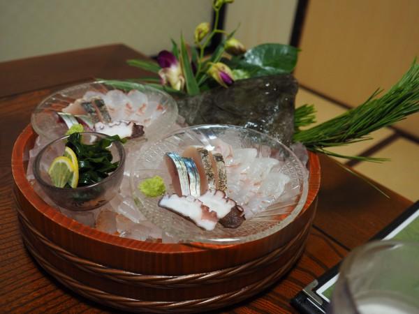 大島の民宿「千年松」にて。来島海峡の潮流に鍛えられた魚は身が引き締まっていると感じました