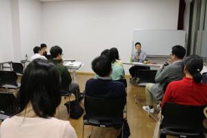 あまりにトークが下手なので、本番中に長坂さんに相談しました。小泉進次郎さんの話し方を参考にすれば良いそうです。がんばります!