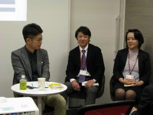 右から、スーペリアの重田さんと山中さん、ライターの僕