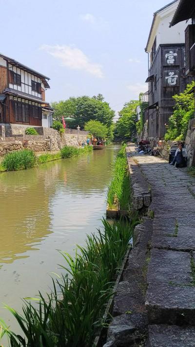 翌日は、近江八幡の街を散策。こういう風景に嬉しくなる年齢になりました。