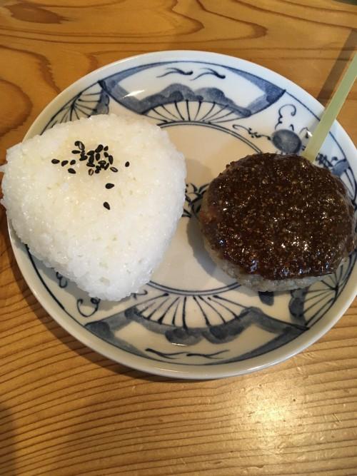 塩おむすび(50円!)が美味しすぎて、蕎麦の記憶がありません。