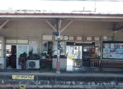 長瀞駅は人が多かったので、隣駅「野上」に避難。駅前の「祭」という良心的な蕎麦屋さんでランチしました